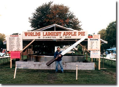 World's Largest Apple Pie